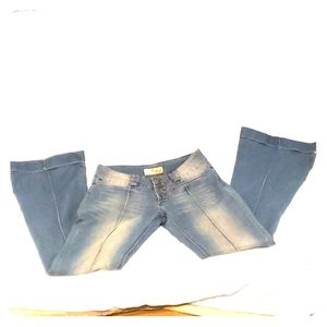 Throwback distress style Hybrid flare denim jeans